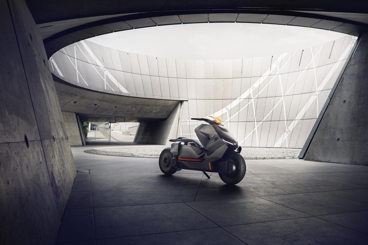 0__2017-BMW-Motorrad-Concept-Link-04__1280_853