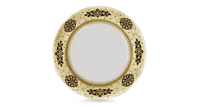 Тарелка декоративная. Рельефная паста, пигмент, эмали, золото. Конец XIX - начало XX вв. Клеймо зеленое