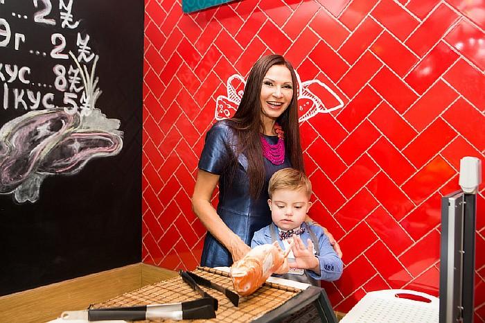 Эвелина Белданс с сыном