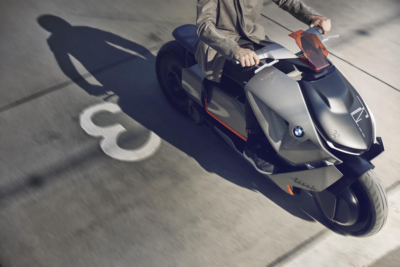 Электроскутер будущего BMW Motorrad